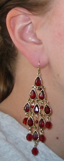 imia_earrings_orig_on.jpg
